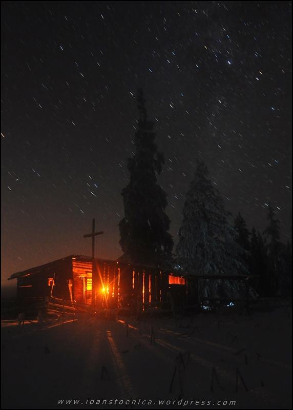 poza de noapte - stele si stana