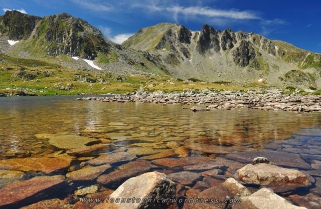 imagini cu lacurile din retezat - de ioan stoenica