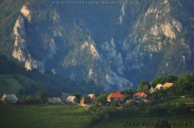case pe dealul geoagiului
