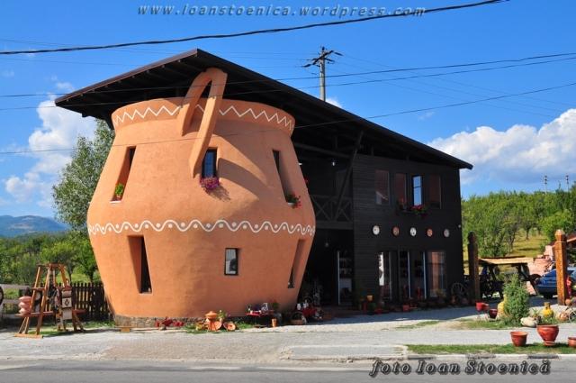 casa in horezu