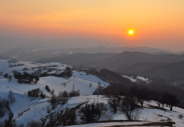 apus in holbav - iarna pe dealuri