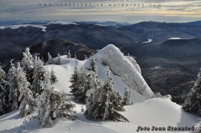 iarna in ciucas - vedere spre sud