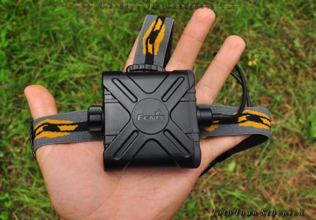 cutia cu baterii Fenix HP11