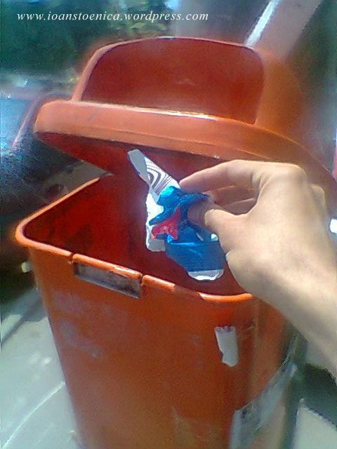 cos de gunoi - ambalaj