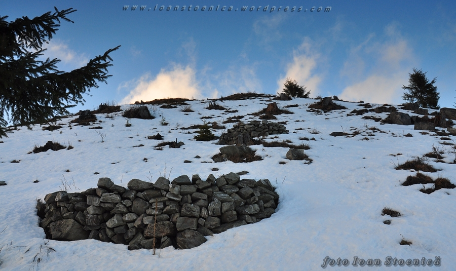 ziduri de piatra pe munte