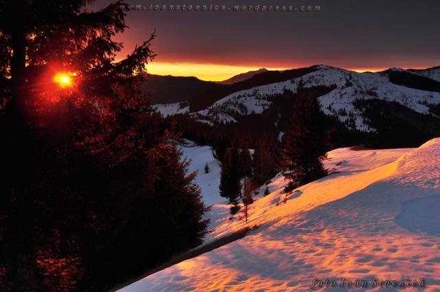 rasarit spectaculos, iarna pe munte