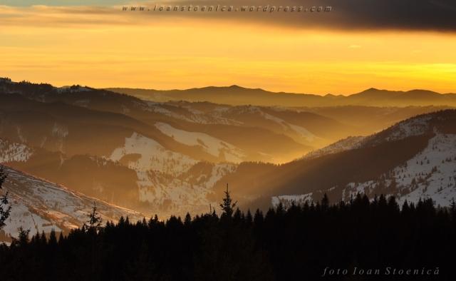 culori magice pe munte - valea bistritei