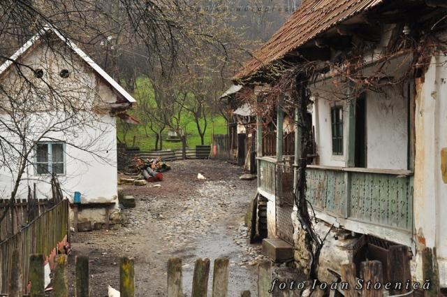 case in Bărbătești, valcea