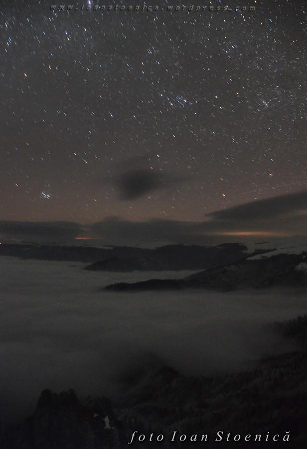stele peste o mare de nori