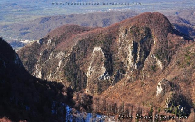 muntele Arnota
