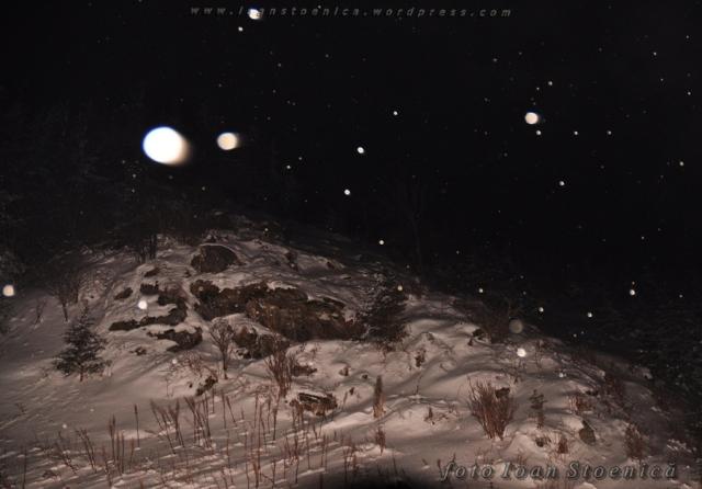noaptea pe munte - ninge