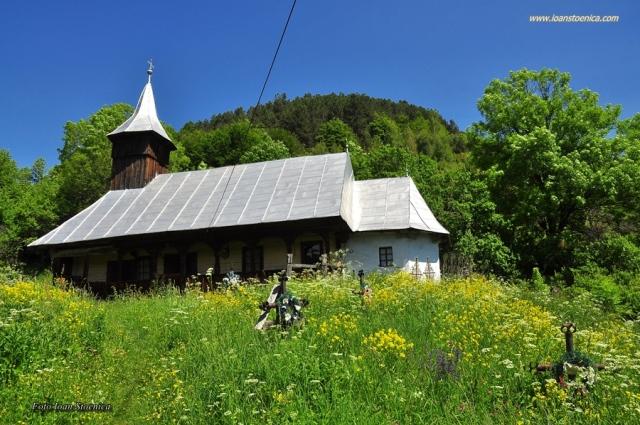 biserica dealul Geoagiului Apuseni